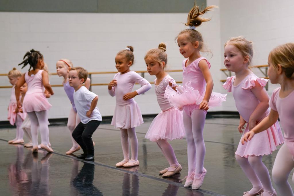 Детские танцы в г.Санкт-Петербурге способствуют гармоничному развитию каждого