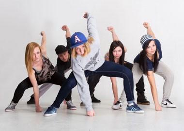 Как и когда стоит начинать заниматься танцами ребенку?